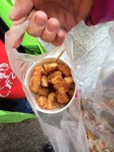 The best part of Shifen were these deep fried octopus from a little mobile stall just along the tracks. YUMMY!!