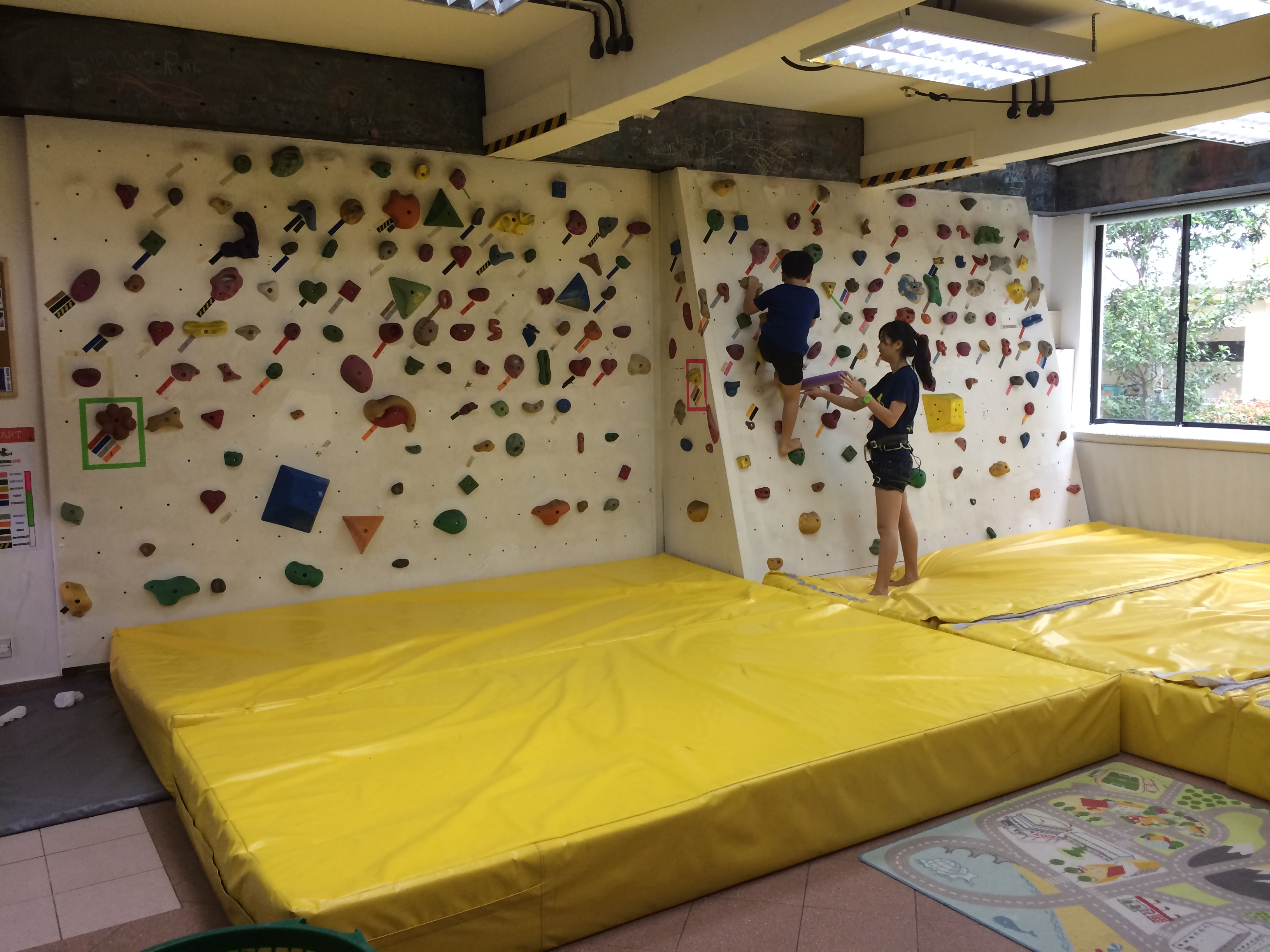 6th Birthday Party at The Rock School – Mummy Ed