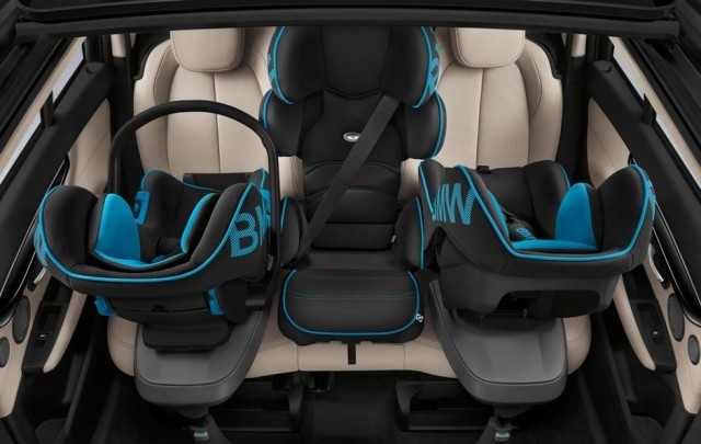 This is the official BMW photo of 3 car seats in the second row. Source.