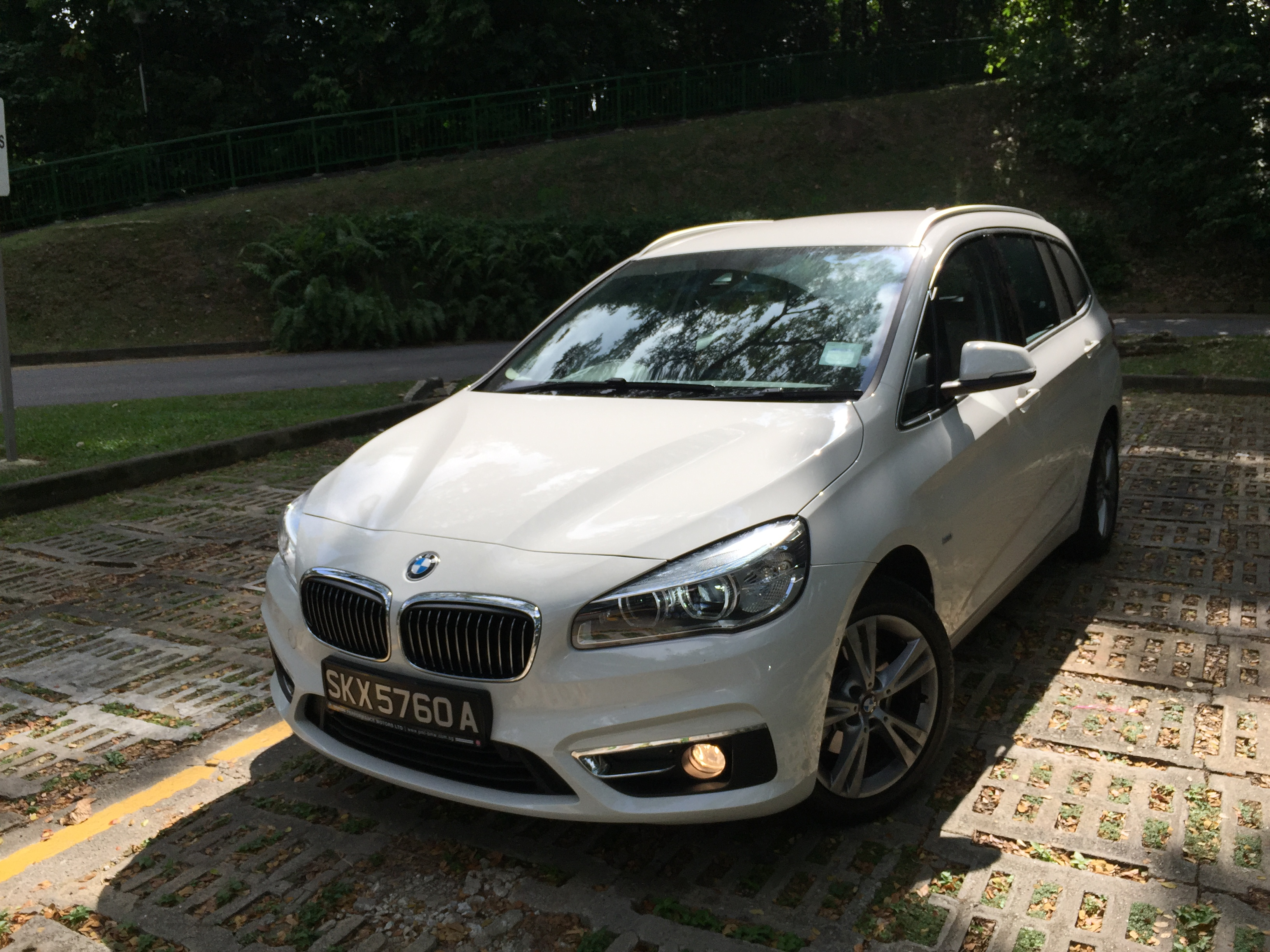 bmw 216d gran tourer where have you been all my life mummy ed. Black Bedroom Furniture Sets. Home Design Ideas