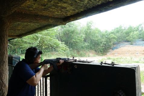 cu chi tunnel AK47